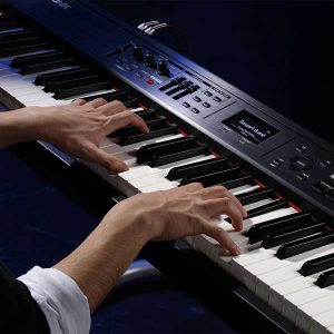 Electric keyboard classes and lessons